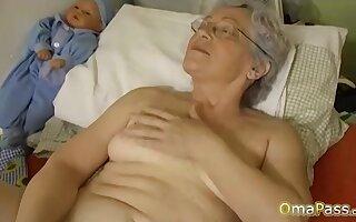 OmaPasS Big Natural Tits Attacked by Lesbians
