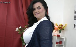 Huge Breasted Matured Lady Playing With Herself - MatureNL