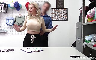 Bent walk out on the table big breasted tow-haired Casca Akashova is nailed doggy