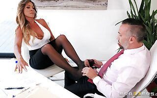 Twosome fully rough hard get some shut-eye at the office with the new female manager