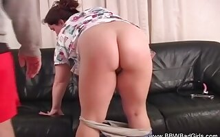Spanking The BBW Unpaid While BJ Happens With Cumshot