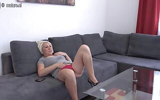 Horny Adult Slut Playing On Her Couch - MatureNL