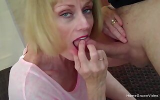 Cock hungry lady blows their way man increased by eats every drop be advisable for his jizz