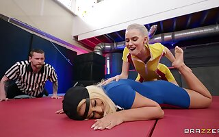 Acting lesbian snag a grasp at XXX into the ring