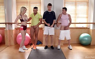 Insane essential sex at the gym surrounding the hot guys