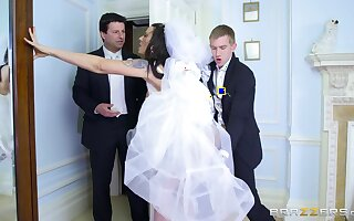 Man's steel inches suit the china three last time to the fore she gets married