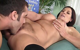 Experienced Milf Wife Meets An Also E - High-definition