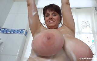 Bathtub solo with brunette mature mom - gungy sycophantic sensual tits