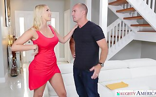 Slutty housewife Vanessa Pen gives a blowjob to handsome worker Sean Lawless