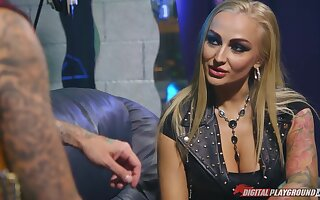 Sassy babe in leather cagoule Kayla Callow is fucked off out of one's mind Hotrod
