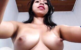 Sexy webcam brunette prevalent big boobs