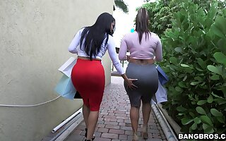 Lesbians are keen to work their wet vags in a mutual play