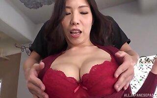 Seductive Asian girl Kuwata Minori gets her pussy drilled. HD