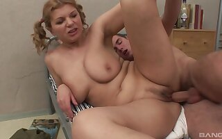 Addictive vaginal for a matured dilettante with big naturals