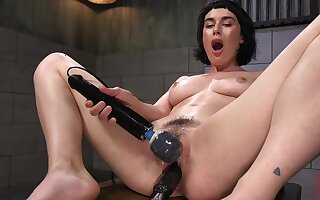 Horny solo girl olive Glass is naked and penetrates her wet cunt