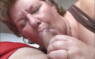 Big grandma suck