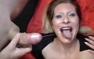Deutsch milf is down for some delicious dick sucking