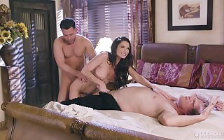 Threesome with a kinky mature wife Silvia Saige and two studs