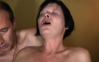 Homemade German couple have a mutual masturbation with wet orgasmus