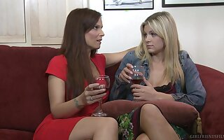 Syren De Mer and Scarlet Red naked on the bed, having lesbo sex
