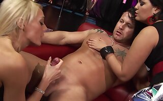 Threesome with a naughty dude and Jasmine Black & Jennifer Toth