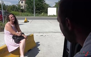 Naive, amateur babe got fucked hard in the back of a van, during the day