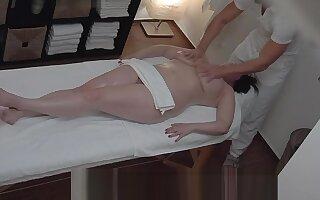 Hot massage turns to fingering spycam