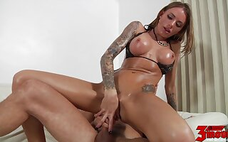 Juelz Ventura takes this cock deep in her pussy