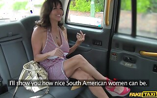 Matured model Tara Holiday gives a rimjob to the horny taxi-cub driver