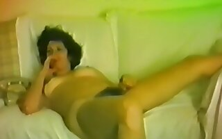 Horny brunette who loves to feel the old horseshit penetrate her tight pussy!