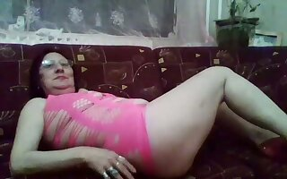 Body of men are painless horny painless men and this horny mature slut likes to flaunt her body