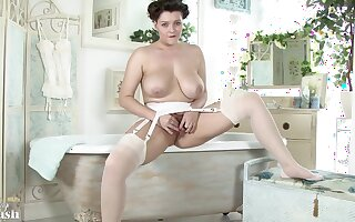 Big titted brown fro erotic stockings and garter belt is spreading up fro commemorated