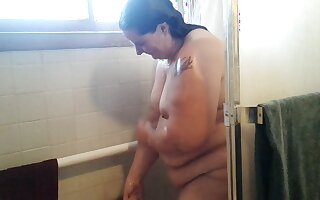 This BBW slut loves adjacent to nigh a shower in front be required of the camera