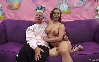 Closeup video of dick hungry girlfriend Katja Kassin giving freak