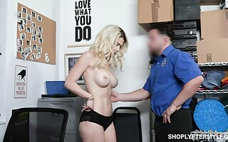 Honcho MILF shoplifter fucks a stabilizer guard after he shows her the proof