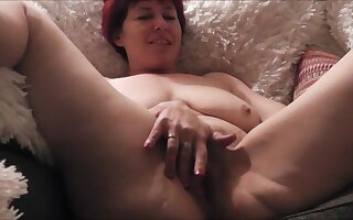 Fannyliscious Fingering - TacAmateurs